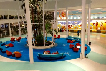 Cabana Bay Beach Resort (Copyright Miamicito)